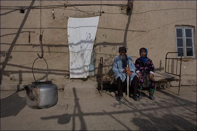 В стенах НПО Криста открылась выставка фотографа Анзора Бухарского  В стенах НПО Криста открылась выставка фотографа Анзора Бухарского